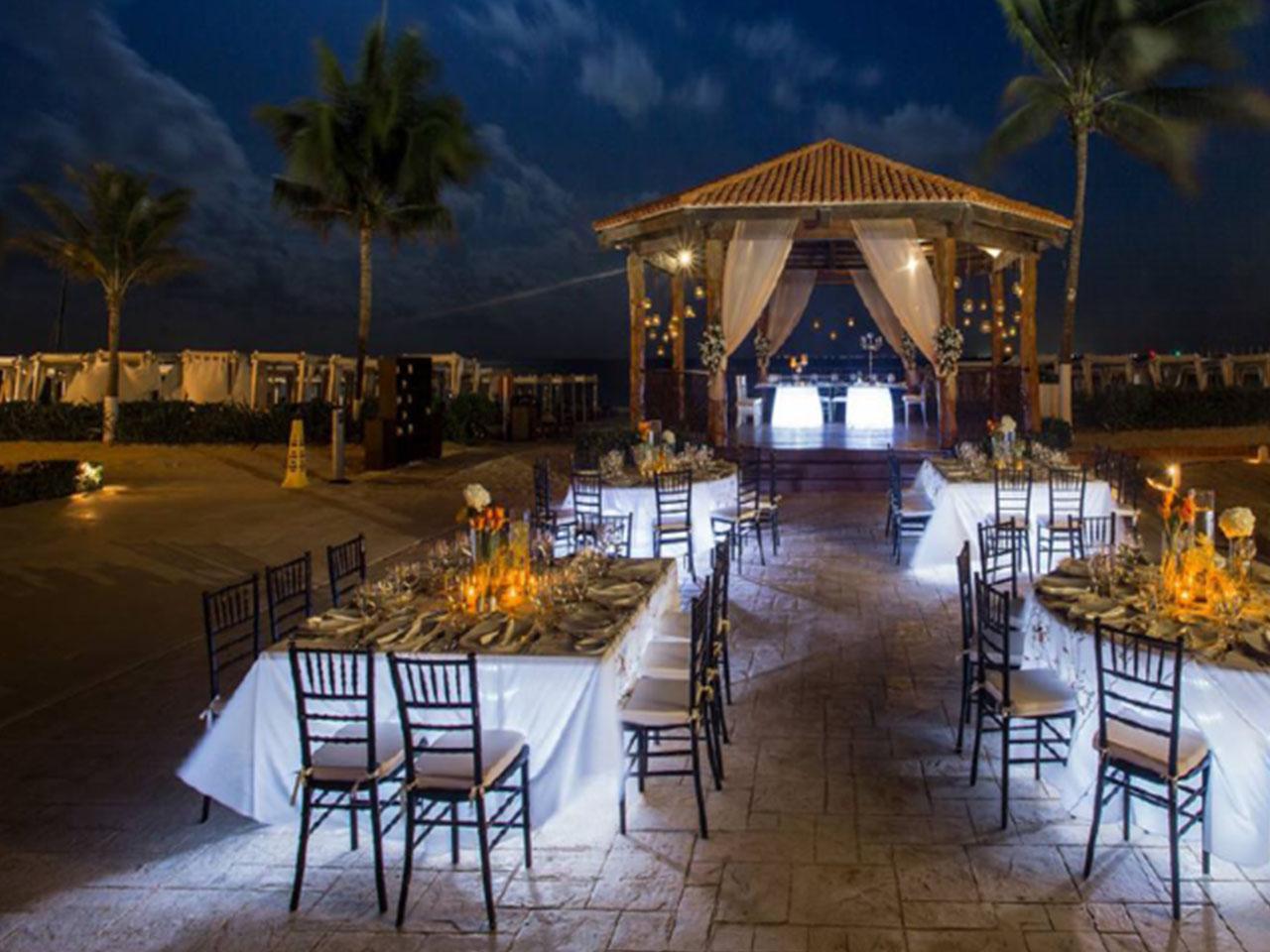 wedding Planner en Monterrey, Boda en la playa, Las mejores bodas en la playa en México -Paquete Nacional: 50 personas