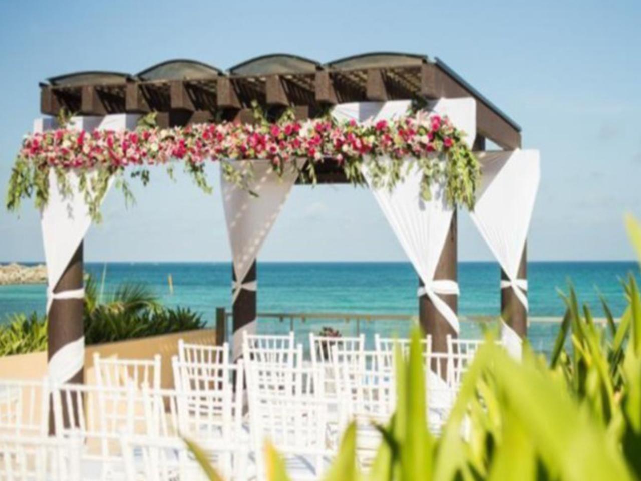 wedding Planner en Monterrey, Boda en la playa, Las mejores bodas en la playa en México -wedding Planner en Monterrey, Boda en la playa, Las mejores bodas en la playa en México -Paquete 1: Esmeralda